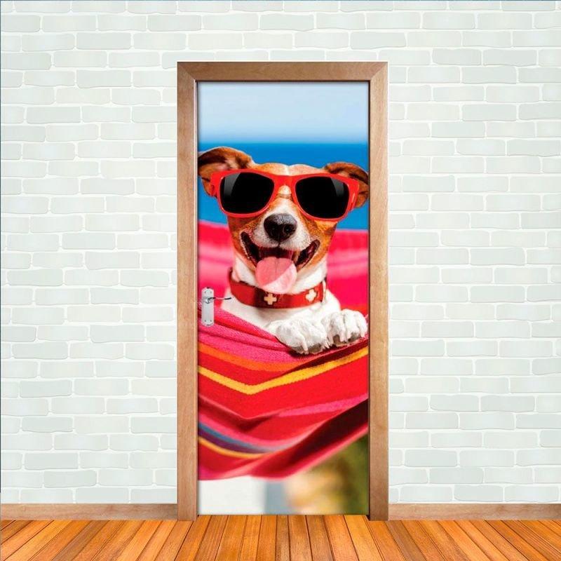 Adesivo para Porta Cachorro de Óculos de Sol - M 80x210 cm 43ef7739c5