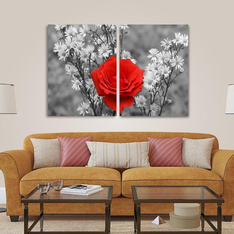 ebf09868f Quadro Flor Vermelha Paisagem Preto e Branco em Tecido - MadeiraMadeira